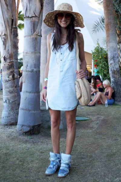 white mini shift dress with light blue sneakers with hidden wedges