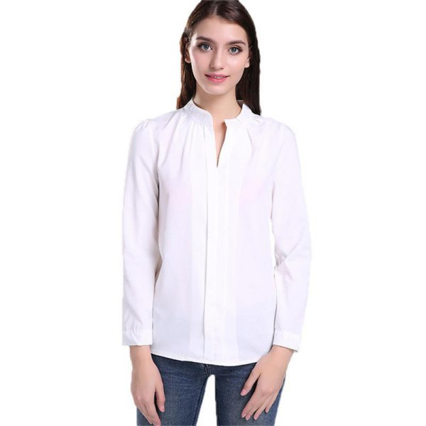 white shirt without a collar and skinny jeans