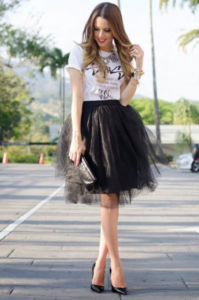 white printed t-shirt black mini tulle skirt