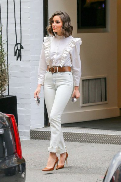 15 Amazing White Ruffle Blouse Outfit Ideas for Women - FMag.c