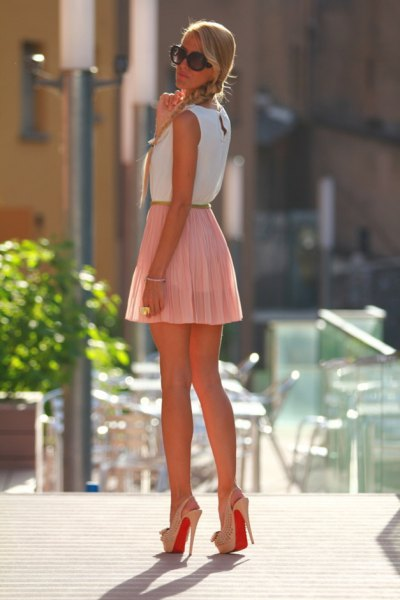 white sleeveless pink mini skirt
