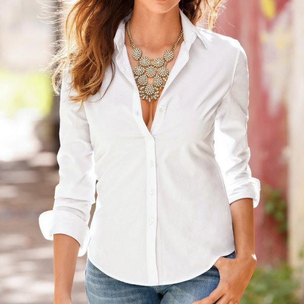white slim fit shirt statement necklace jeans