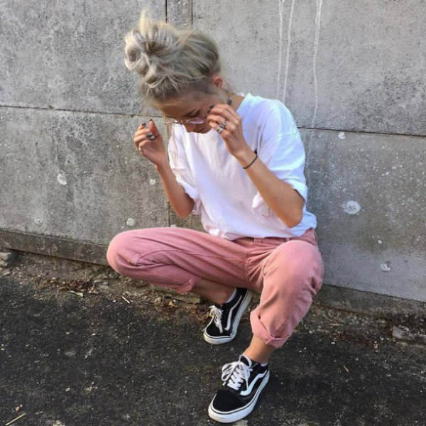 white t-shirt with cuff chinos and canvas shoes