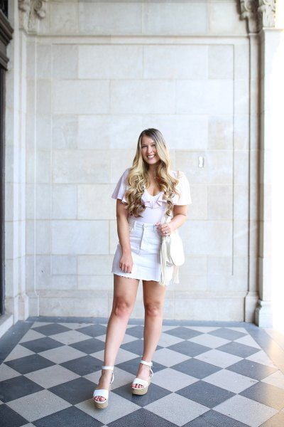 white t-shirt with mini skirt and sandals