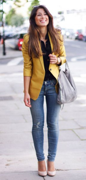 yellow jacket black shirt with buttons