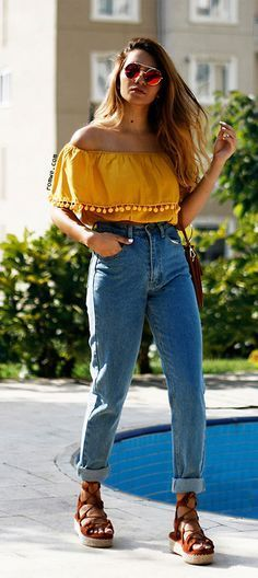 Yellow Off the Shoulder Top Casual Outfit Ideas – kadininmodasi .