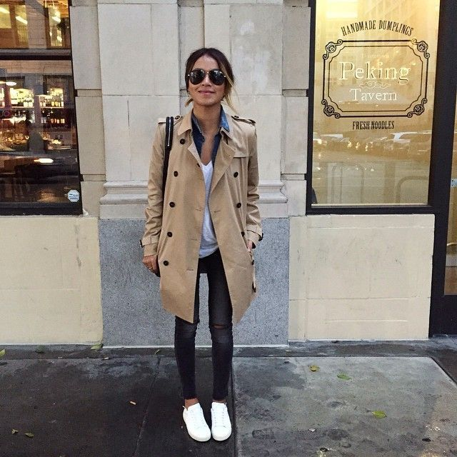 Beige Trench Coat Outfit Ideas