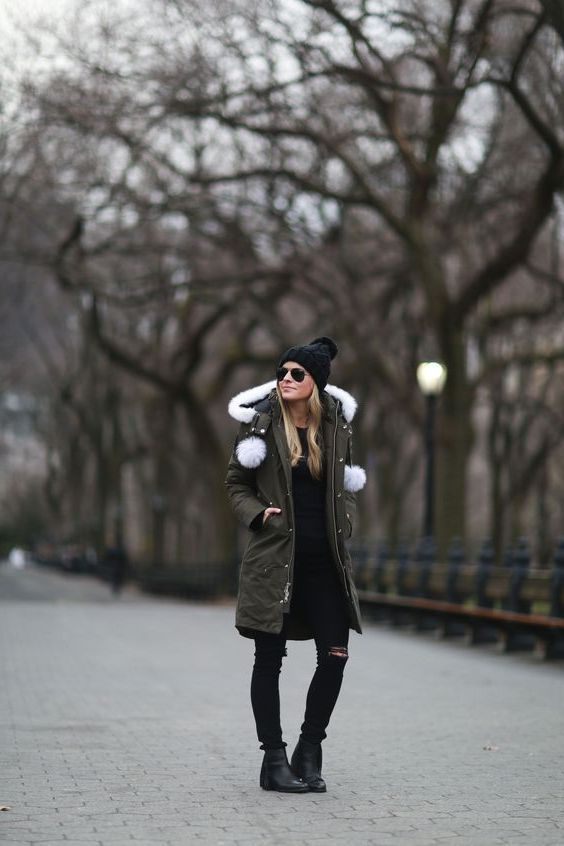 Black Coat With Fur Hood Outfit Ideas