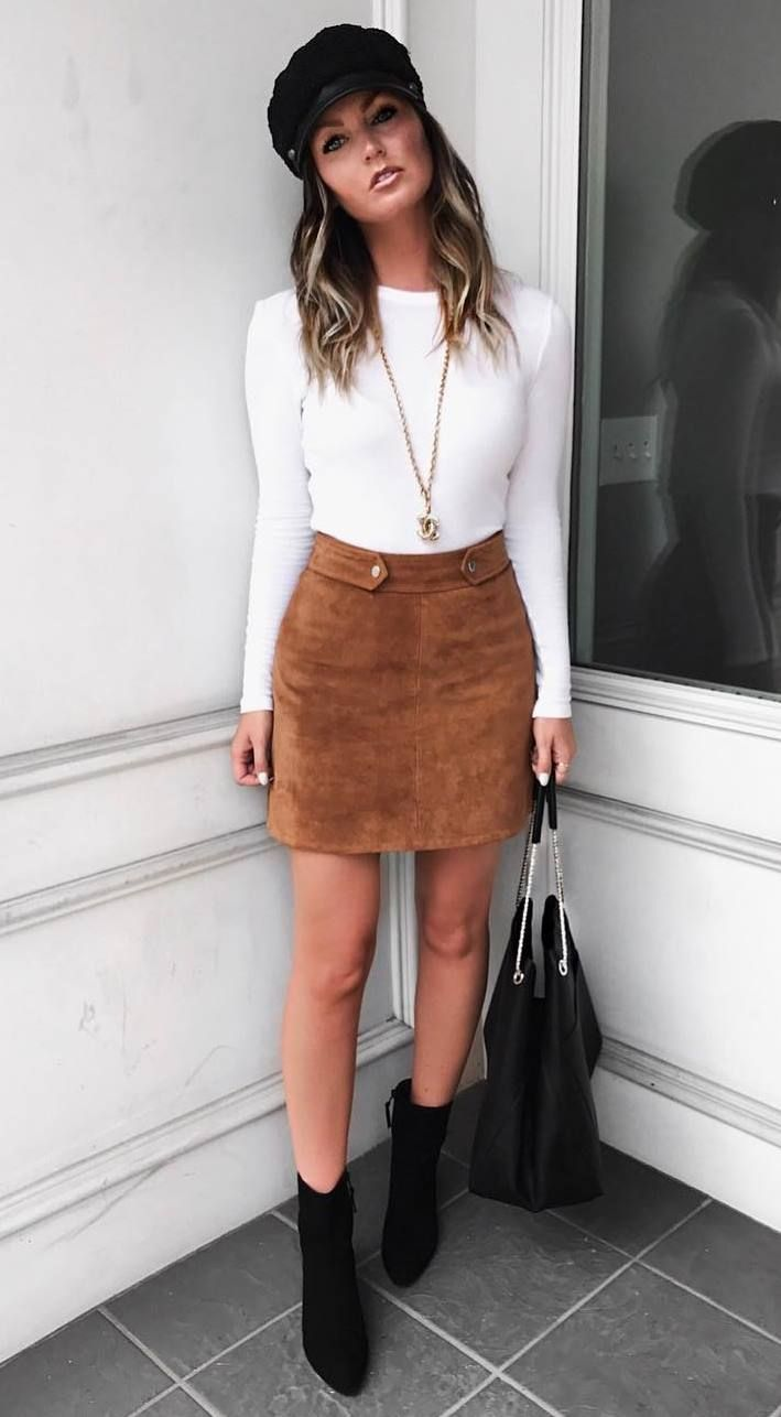 Brown Skirt Outfit Ideas