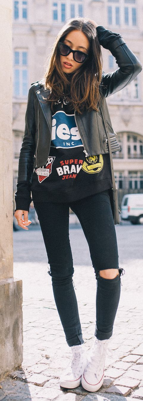 Graphic Sweatshirt Outfit Ideas