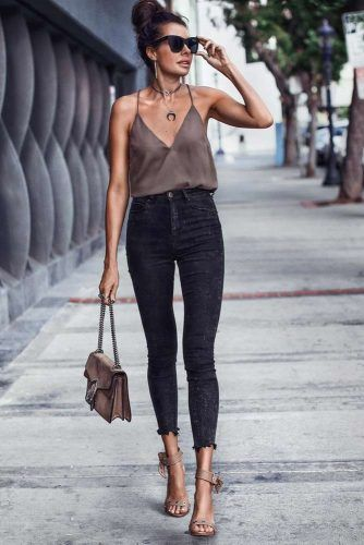 High Waisted Black Skinny Jeans Outfit Ideas