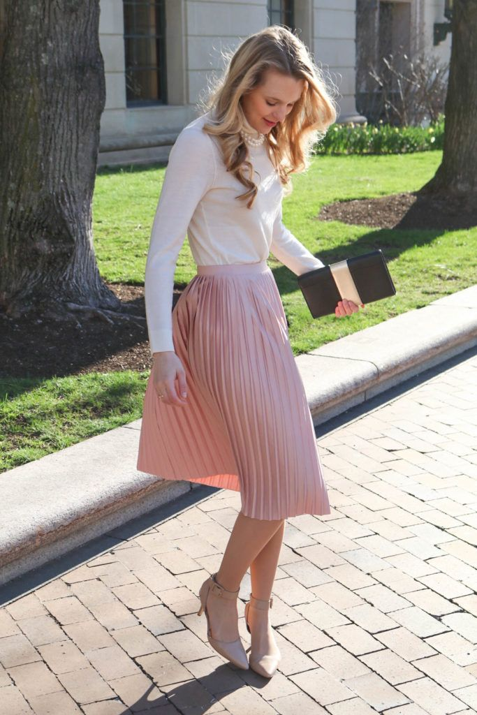 How To Style Pink Pleated Skirt