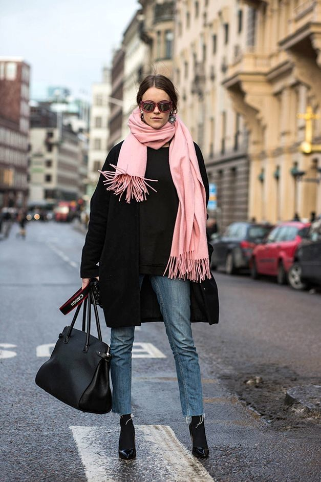 How To Style Pink Scarf