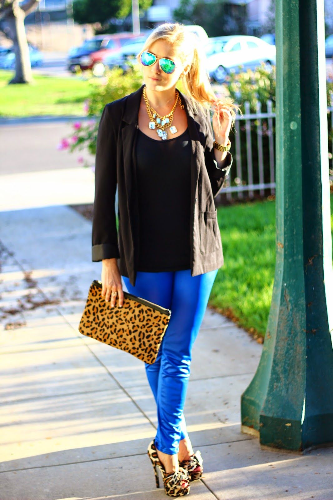 How To Style Royal Blue Leggings