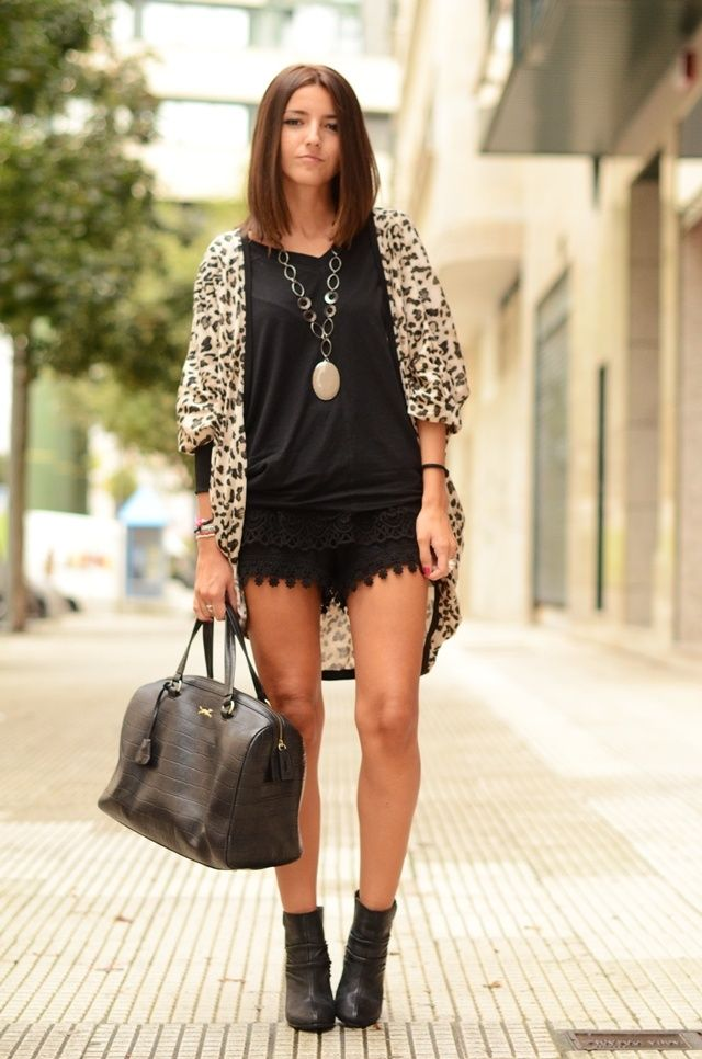 How To Wear Black Lace Shorts