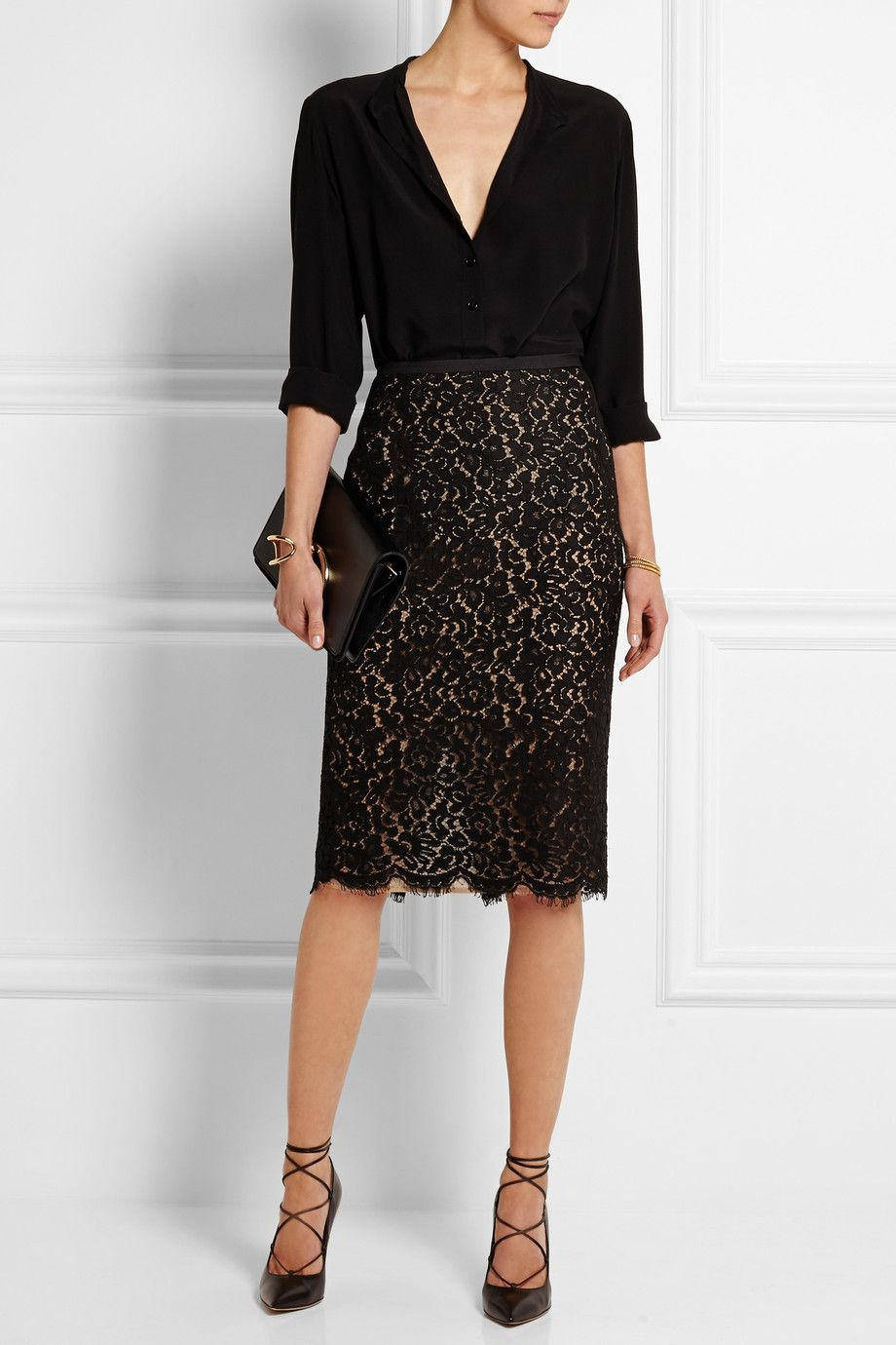 How To Wear Black Lace Skirt