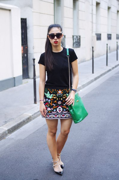 How To Wear Embroidered Skirt