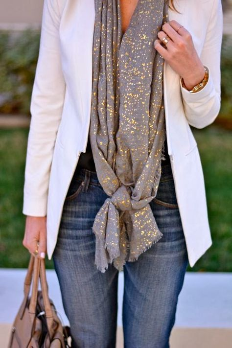 How To Wear Gold Scarf