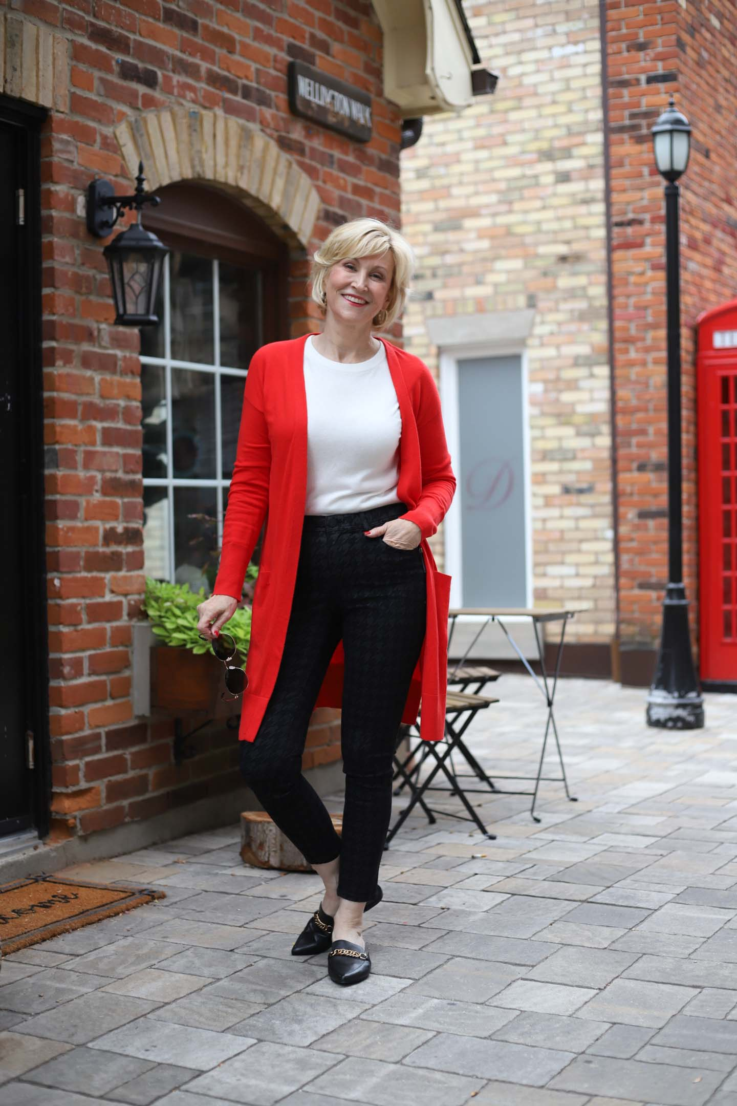 How To Wear Long Red Cardigan
