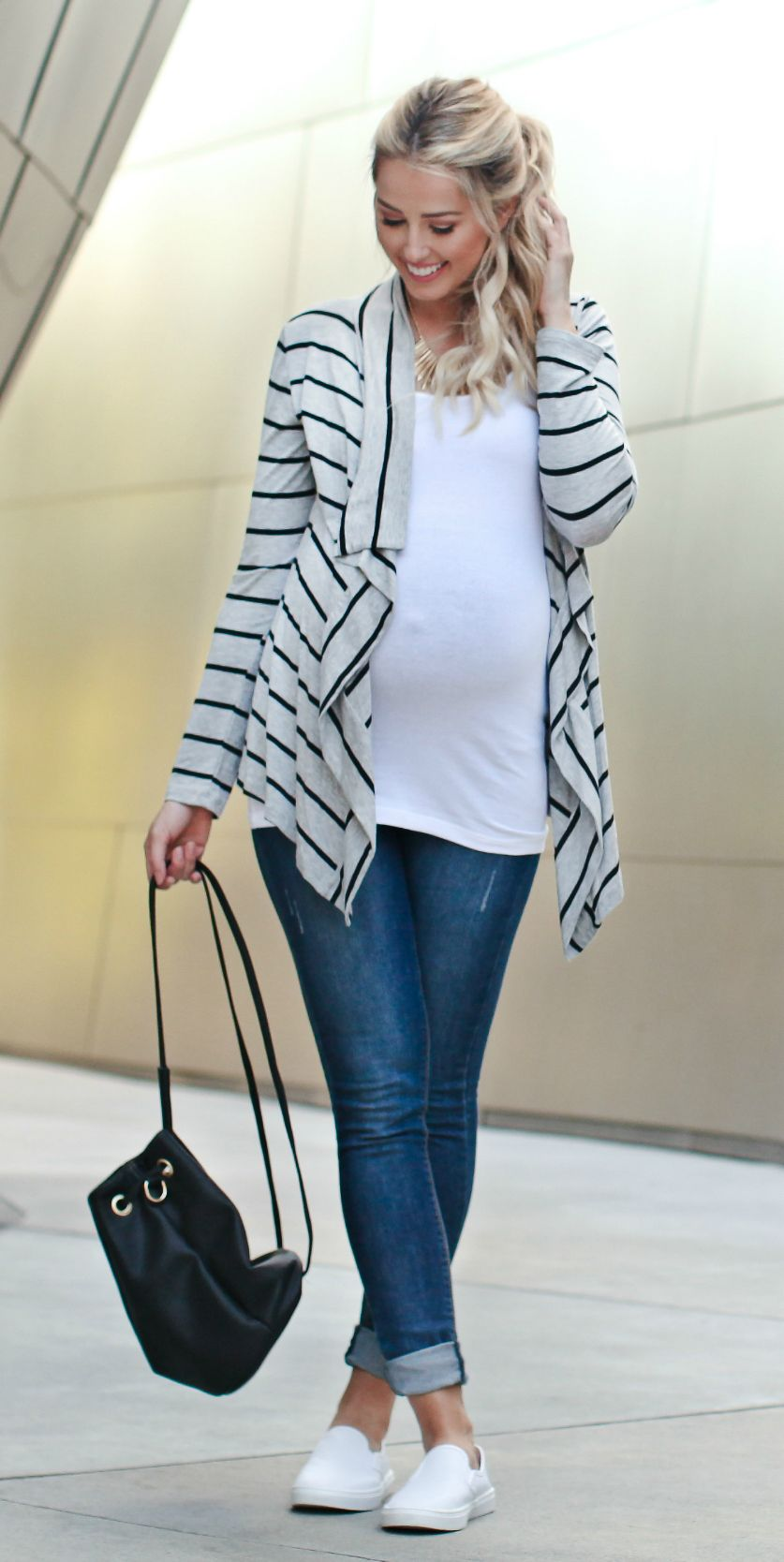 How To Wear Maternity Cardigan