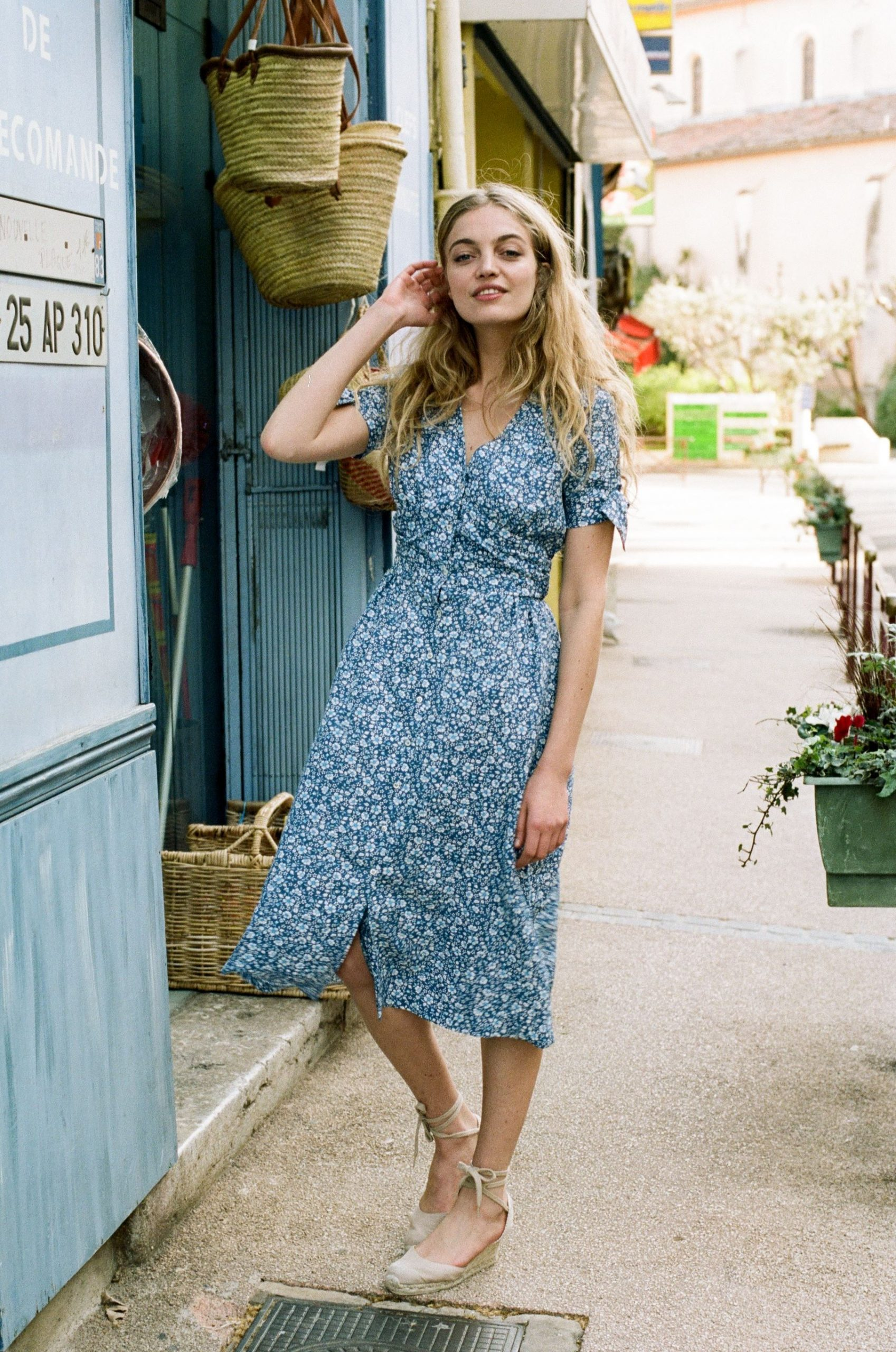 How To Wear Midi Summer Dress