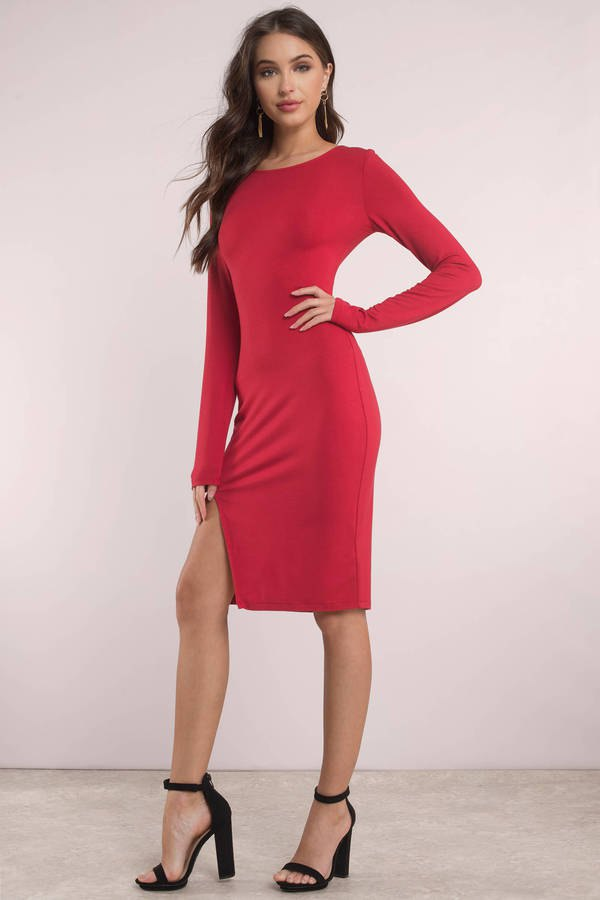 How To Wear Red Slit Dress