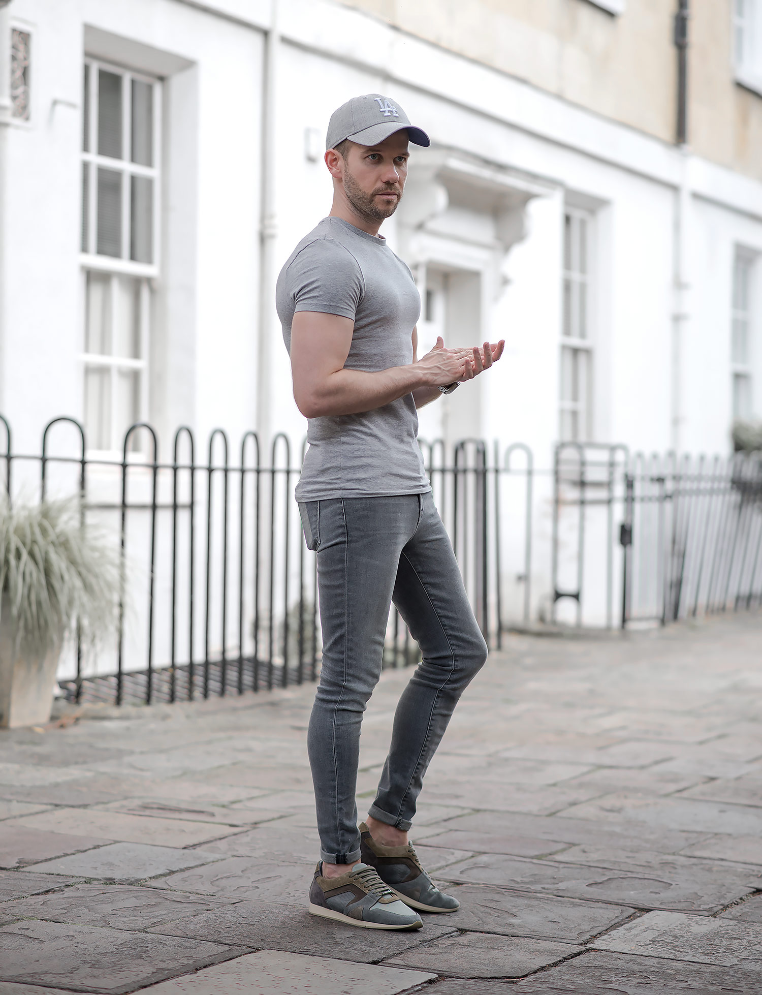 How To Wear Super Skinny Jeans