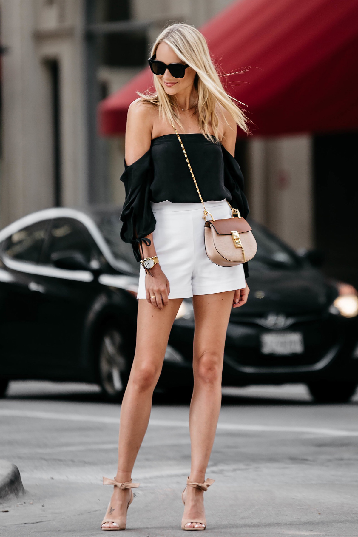 How To Wear White High Waisted Shorts