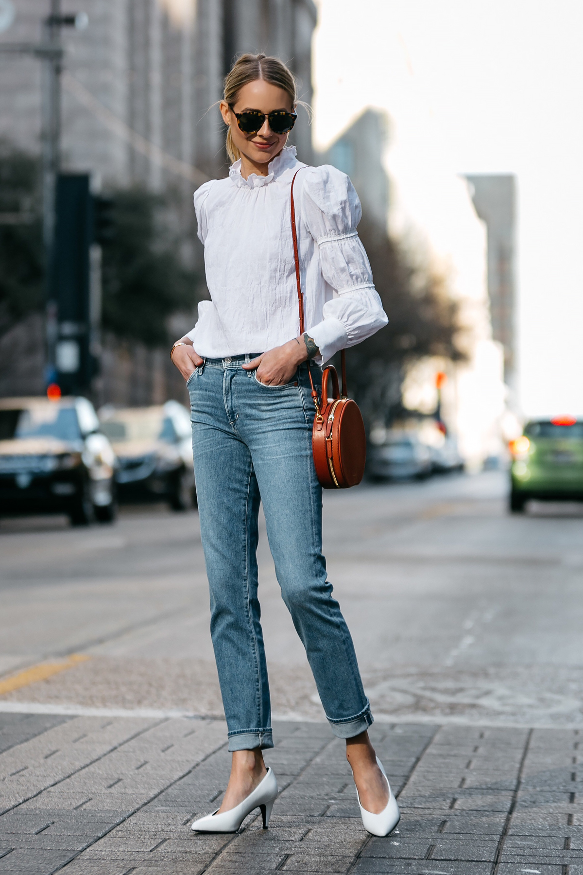 How To Wear White Ruffle Top