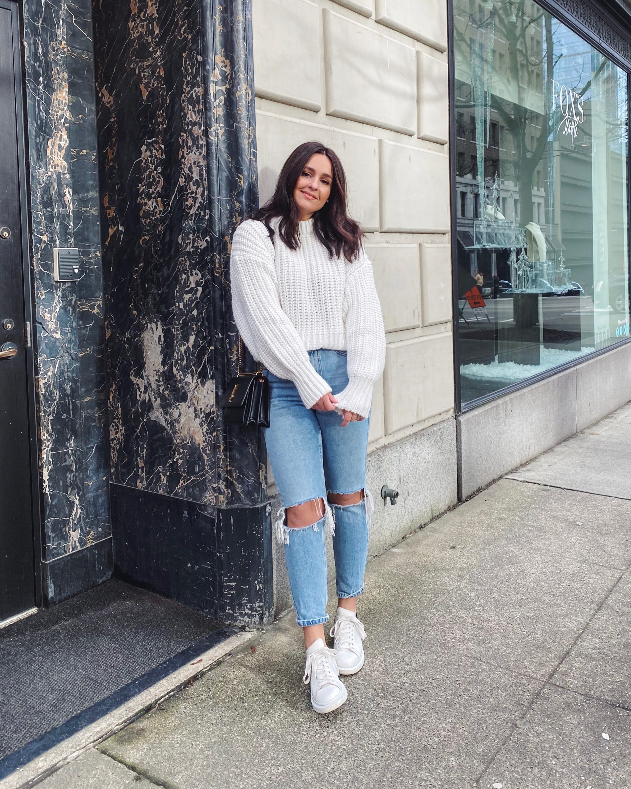 Knit Sweater Outfit Ideas
