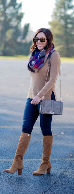 Quitled Boots Outfit Ideas